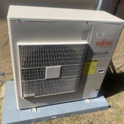 Fujitsu Mini split Outdoor Unit